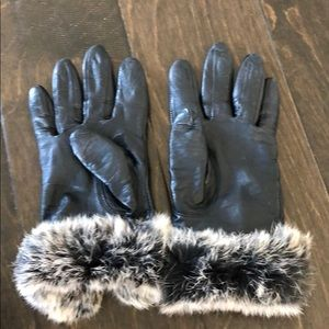 Anne Klein leather with fur gloves